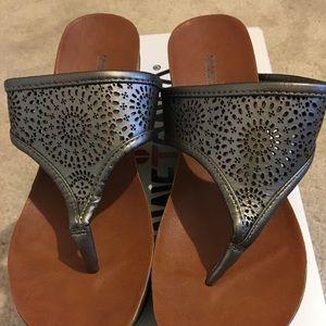 Women's Sandals-never worn
